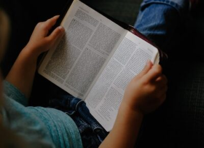 Teaching the relevance of the Bible in children's daily lives