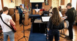 Thrive worship team